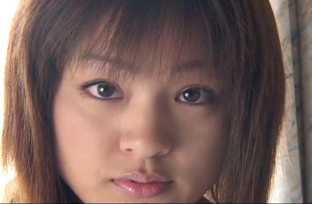 【素人】大胆すぎる美女のネカフェからの公開オナニーライブ