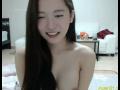 吉高由里子似の韓国美女がま○子を激しくこすってます